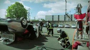 Intervention des pompiers sur la voiture électrique