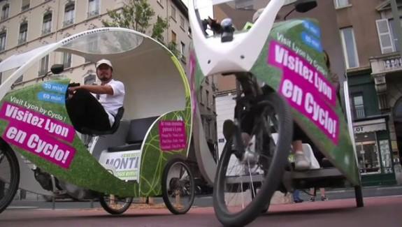 Mon cyclo-taxi roule à l'electrique